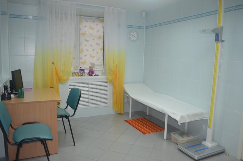 Кабинет педиатра в детской поликлинике, детском медицинском центре